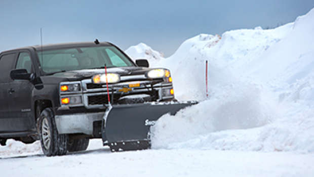 Snow Plows for Pickup Trucks: Compatibility & Safety